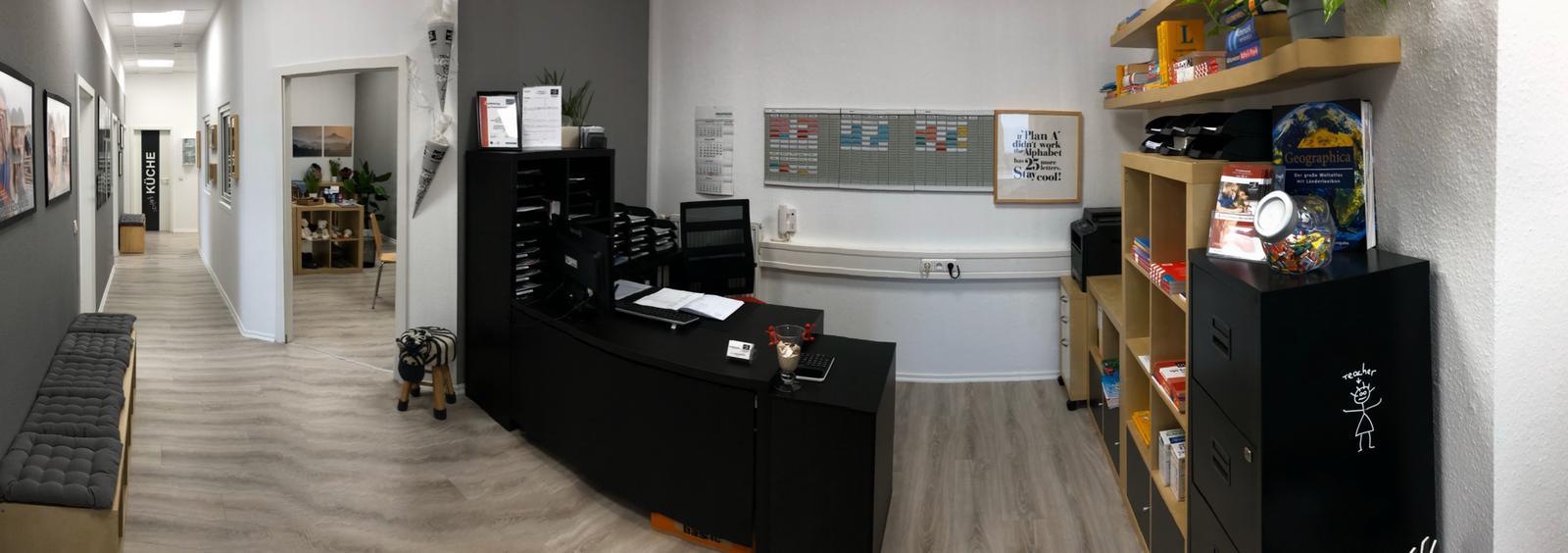 Empfang und Büroleitung back2school Nachhilfeschule Nachhilfe Sprockhövel Hauptstraße 73 in Niedersprockhövel